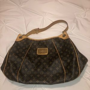 Louis Vuitton Monogram Galliera PM Bag